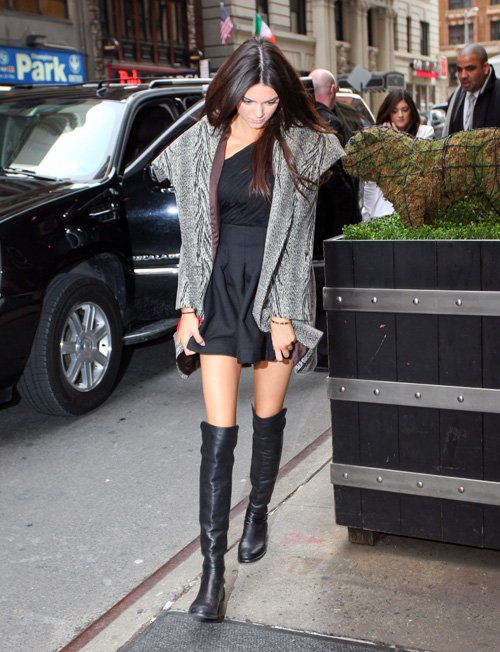 kendall-kylie-j-020713- (1)
