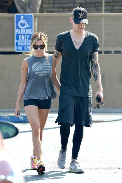 Ashley Tisdale boyfriend 2013
